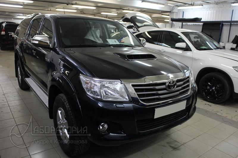 Toyota Hilux (VII)