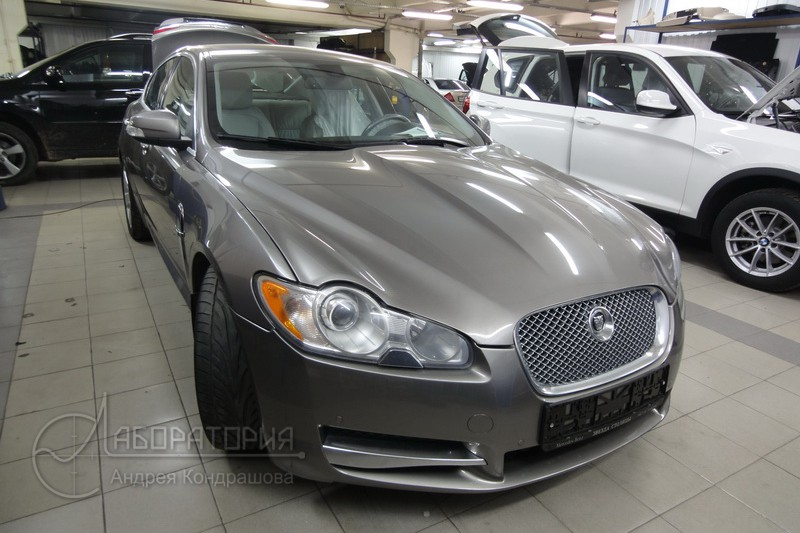 Lab_Jaguar_XF_1
